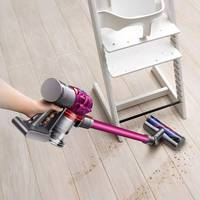 Dyson V7 Motorhead: Pros & Cons Of The Cordless Vacuum